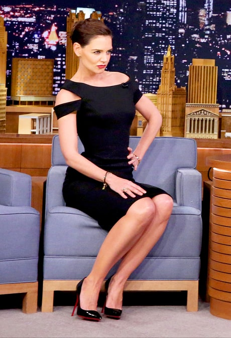 Katie Holmes Copies Beyonce's Super Bowl Dance Moves on 'The Tonight Show': Watch!