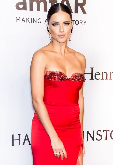Find Out the Secrets Behind Adriana Lima's Bow Hairstyle