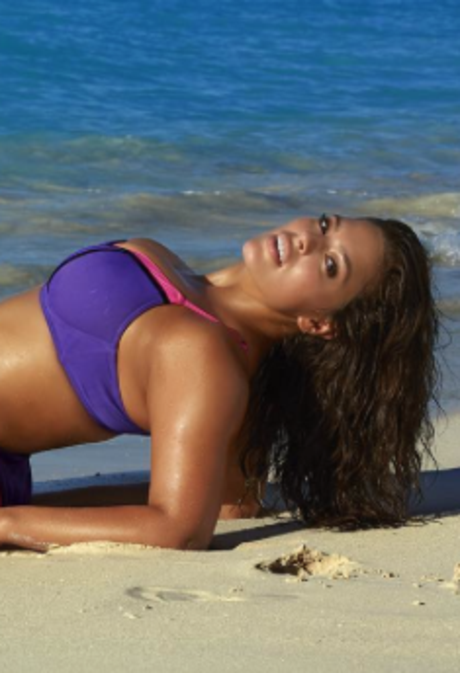 Ashley Graham Redefines Sexy as a 2016 Sports Illustrated Swimsuit Rookie