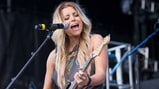 See Lindsay Ell's Jubilant 'Waiting on You' on 'Today'