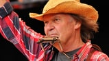 Neil Young's Pono Plans Take Shape With New Trademarks