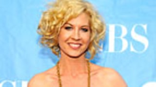 Jenna Elfman Expecting Second Baby!