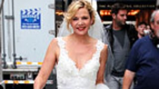 Kim Cattrall Dons a Wedding Dress on SATC Set!