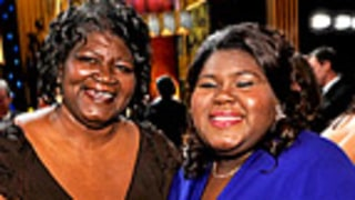 Mom of Precious Star Gabourey Sidibe Sings in NYC Subway