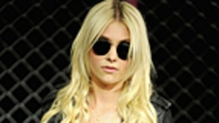 Taylor Momsen, 17, Jokes She Hooked Up With a Priest