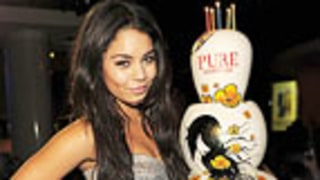 Vanessa Hudgens Has Girls Night Out After Zac Efron Split