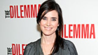 PIC: Jennifer Connelly Debuts Baby Bump!