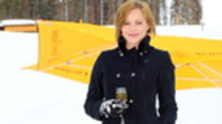 Abbie Cornish Gets Bubbly in Colorado