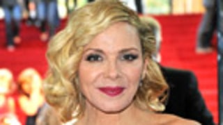 Tipsy Kim Cattrall Loses It on the Red Carpet