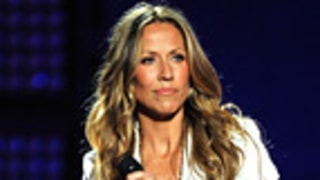 Sheryl Crow Accidentally Flashes Underwear on TV