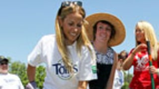Sheryl Crow Goes Green with Tom's of Maine