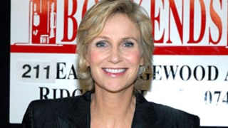 Jane Lynch: What's On My Nook