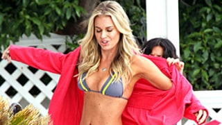 Rebecca Romijn, 39, Flaunts Sexy Six-Pack Abs in Tiny Bikini
