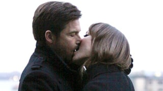 Hot! See Olivia Wilde, Jason Bateman Make Out