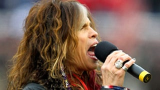 Steven Tyler Botches National Anthem