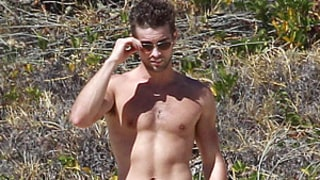 PIC: Shirtless Chace Crawford Flaunts Sexy Abs, Chiseled Chest