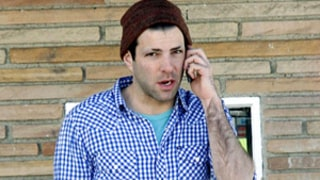 Zachary Quinto Shaves His Eyebrows!