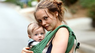 Alicia Silverstone Pre-Chews Food for Son Bear, 10 Months