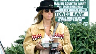 Write a Fashion Police Caption for Mira Sorvino