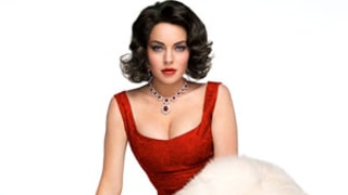 Lindsay Lohan Looks Identical to Elizabeth Taylor in Iconic Red Dress