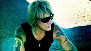 Bon Jovi Guitarist Richie Sambora Dyes His Hair Blonde!