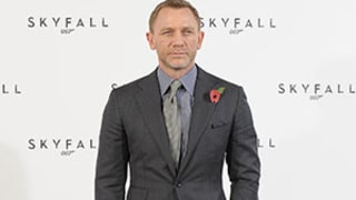 Daniel Craig related to James Bond … and royalty