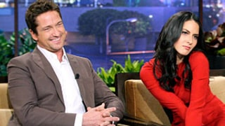 Gerard Butler Flirts With Olivia Munn, Talks Girlfriend of 7 Months on The Tonight Show