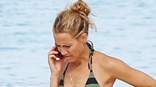 Sheryl Crow, 50, Rocks Toned Body in Tiny String Bikini
