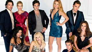 Gossip Girl's Identity Revealed: Which Cast Member Is It?