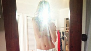 Rosie Huntington-Whiteley Posts Topless Picture on Instagram