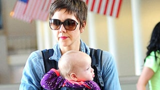 Maggie Gyllenhaal Debuts Super-Short Pixie Cut!