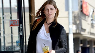 Mischa Barton Sports Fuller Figure in Tiny Jean Shorts, No Makeup: Picture