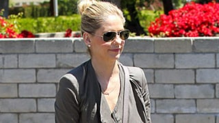 Sarah Michelle Gellar and Daughter Charlotte Wear Matching High-Tops: Picture
