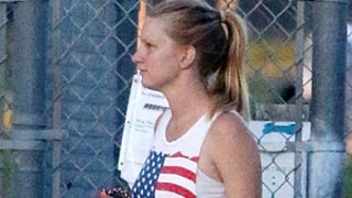 Heather Morris Pregnant, Shows Off Bigger Baby Bump in New Picture