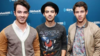 Kevin Jonas Helps Brothers Joe and Nick Jonas Pick Up Women
