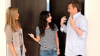 Jennifer Aniston, Courteney Cox, Matthew Perry Have Hilarious Friends Reunion on Ellen