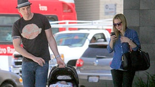 Kristen Bell, Dax Shepard Share First Glimpse of Baby Daughter Lincoln: Picture