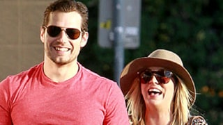 Henry Cavill, Kaley Cuoco Hold Hands in L.A.: Picture