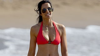 Padma Lakshmi Looks Red Hot in Bikini at Age 43: Picture