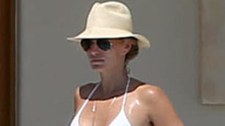 Molly Sims Shows Off Toned Bikini Body on Vacation With Son Brooks: Picture