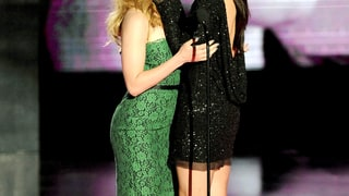 ScarJo and Sandy at the MTV VMAs, 2010