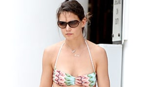 Katie Holmes Rocks Bikini Poolside With Suri in Miami on New Year's Day: See the Pictures!