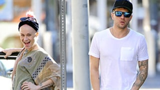 Ryan Phillippe Gets Photobombed by Woman on Sidewalk in Hilarious Photo
