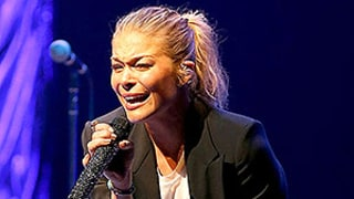LeAnn Rimes' Jaw Popped Out of Place After Concert in Oklahoma