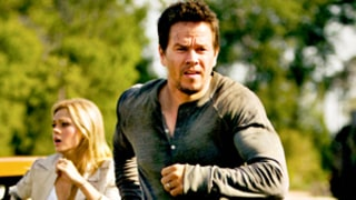 Transformers: Age of Extinction Review: Mark Wahlberg's Film Receives 2 Stars