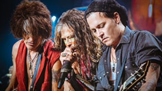 Johnny Depp Rocks Out With Steven Tyler and Aerosmith in Boston, Fiancee Amber Heard Supports: Picture
