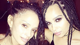 Zoe Kravitz, Mom Lisa Bonet Take Selfie:
