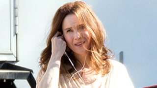 Renee Zellweger Steps Out in Brown Wig on Mississippi Movie Set Following Plastic Surgery Rumors: See the Photos