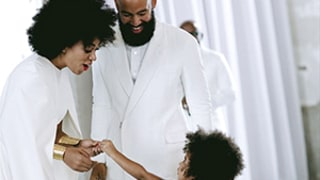 Blue Ivy Reaches Up to Aunt Solange Knowles on Her Wedding Day: See Beyonce's Picture