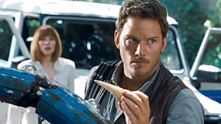 Jurassic World Trailer Released Early, Chris Pratt, Bryce Dallas Howard Lead Evacuation: Video!
